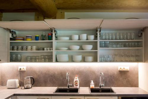 Vybavení kuchyně - Kitchen equipment